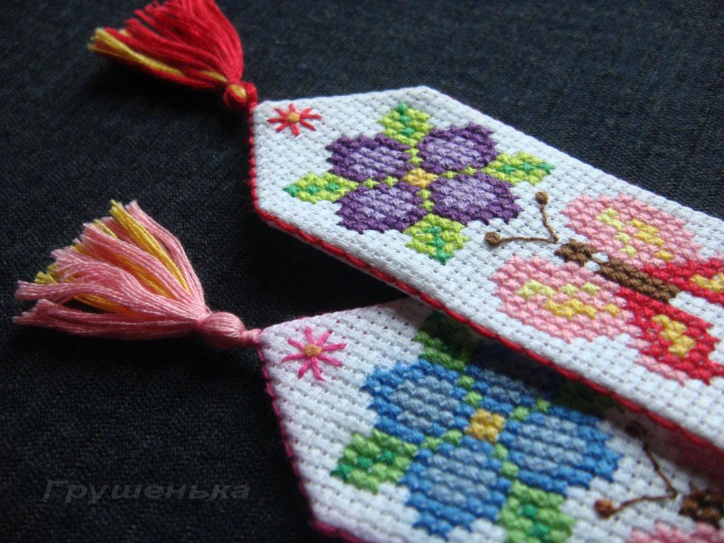 Красивый цветок из гофрированной бумаги