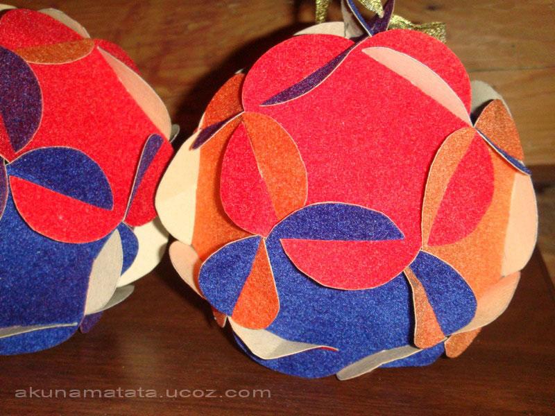 Новогодние игрушки своими руками из цветного картона